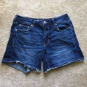 AEO Tomgirl midi shorts!  Size 4!